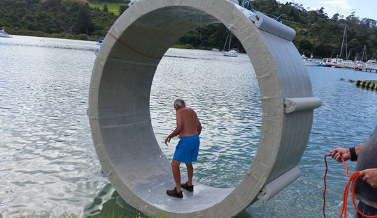 Still water raft race - Hamster Wheel
