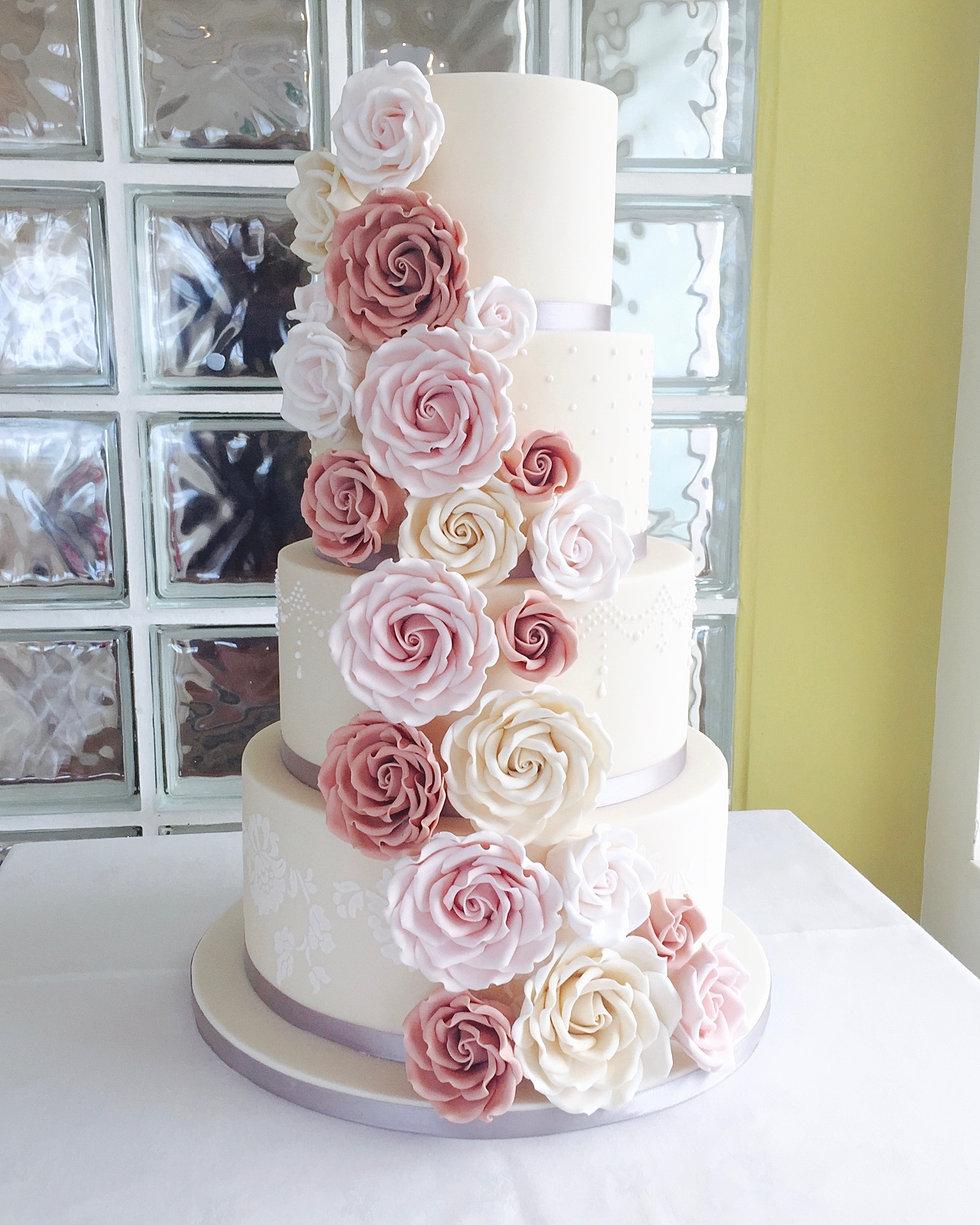 Wedding Cake Class: Designer Wedding Cakes Cornwall