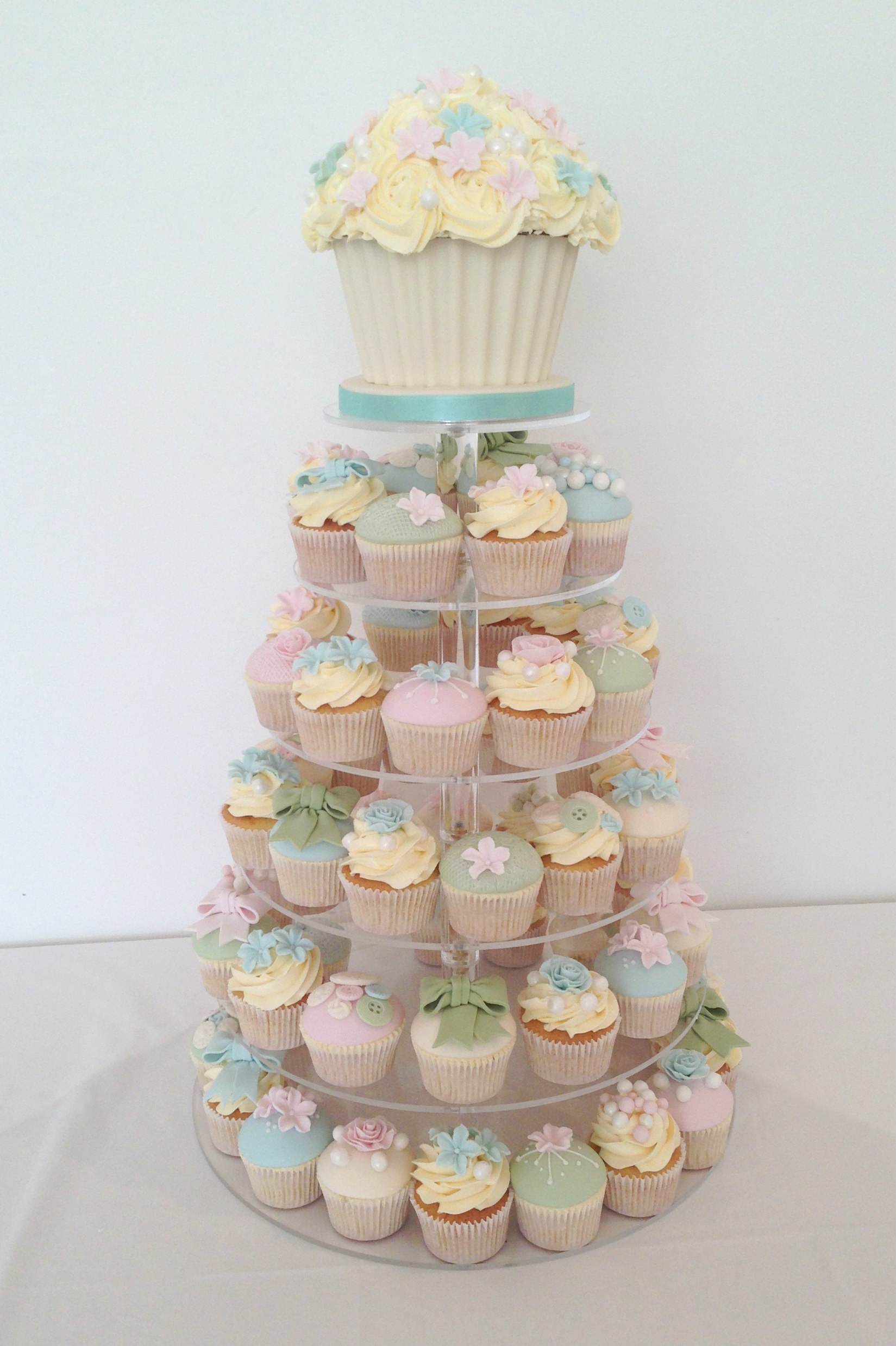 giant cupcake wedding.jpg