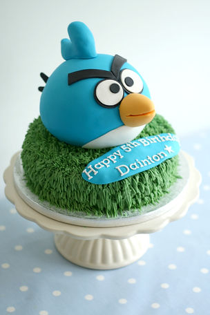 Angry bird cake,  Newquay birthday cake