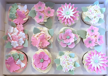 Cupcake decorating class Cornwall, Baking and decorating classes, Sugarcraft class Cornwall