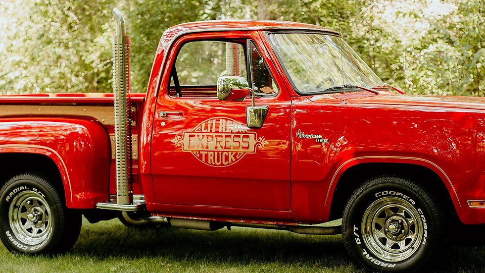 Vintage Red Truck Christmas Mini's