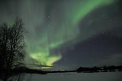 Polarlichter am Fluss