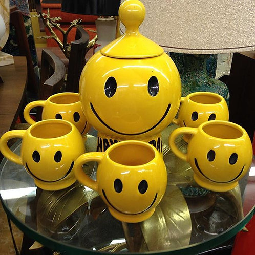 Whimsical Mccoy Happy Face Cookie Jar 6 Mugs
