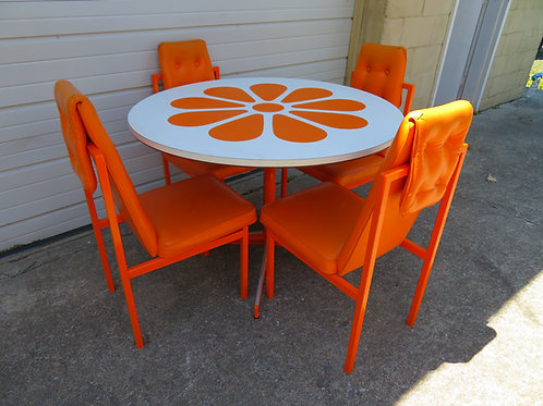 Fun Orange Slice 1960s Dining Table Four Chairs Probber Style Mid-Century Modern