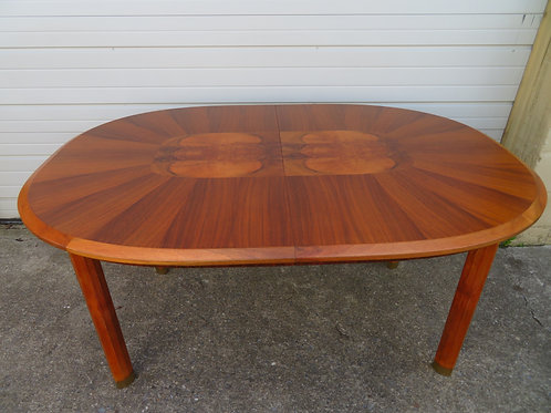 Outstanding Edmund Spence Oval Walnut Dining Table