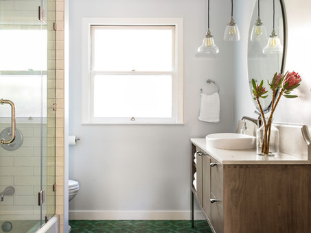 Traditional and Fun Guest bathroom In Mountain View