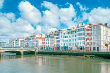 Bayonne, Côte basque