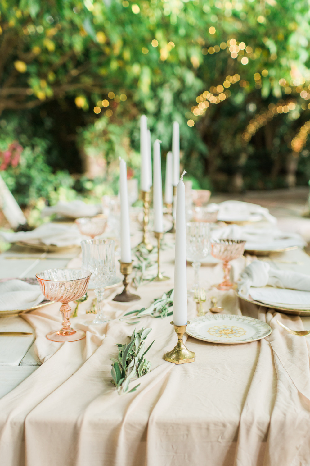 Gorgeous table top details from dining table