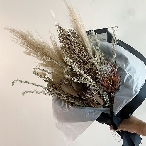 Extra Large Dried bouquet with dried protea and sage