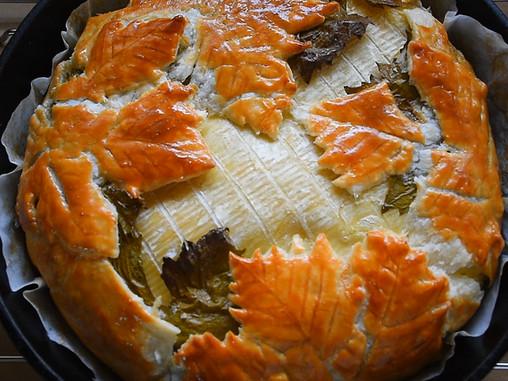 גבינת ברי בבצק עלים ועלי גפן