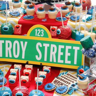 Sesame Street Sweets Table