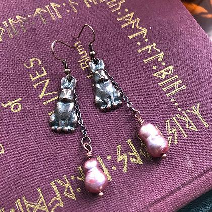 Hare Pearl Earrings