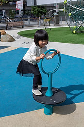 Seated Playground Super Spinner