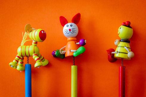 animals-close-up-colorful-1329305.jpg