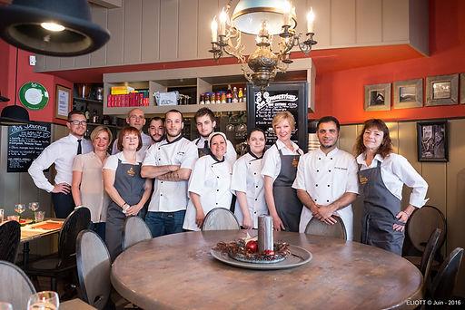 L'équipe du restaurant de la Wistub Brenner Colmar