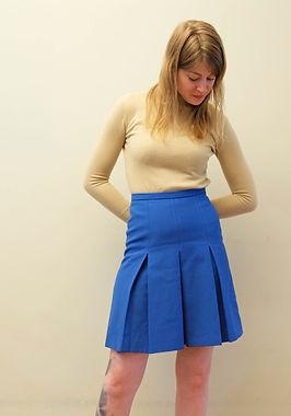 seventies-rok-hemelsblauw-voorkant.JPG
