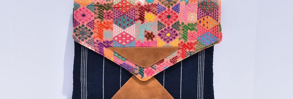 Laptop Envelope: Huipil Tecpán