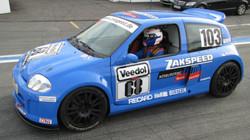 Clio 3.0 V6 Trophy