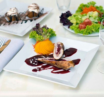 High Temperature Resistant Ceramic Oven Safe  Square Rim Plate For Food Service