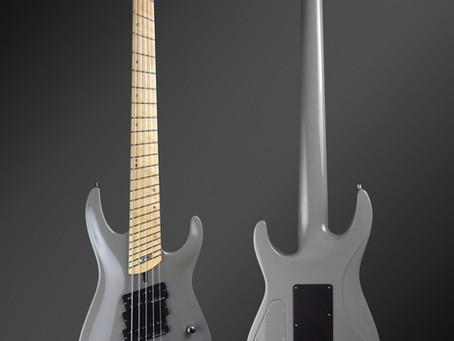 Jonas Kuhlberg iZEN bass guitar