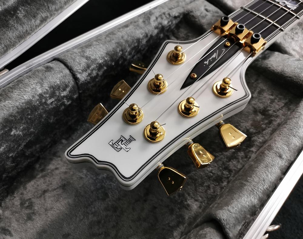 Taisto Guitars AROK-FR Shadowman headstock