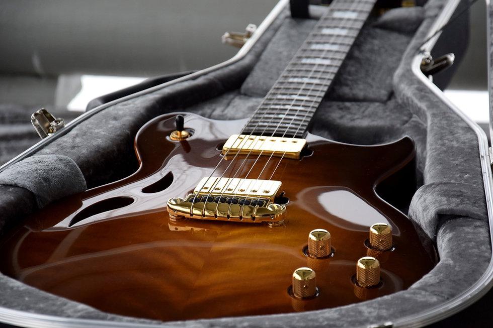 Taisto Guitars AROK-WG with Graph Tech Resomax bridge