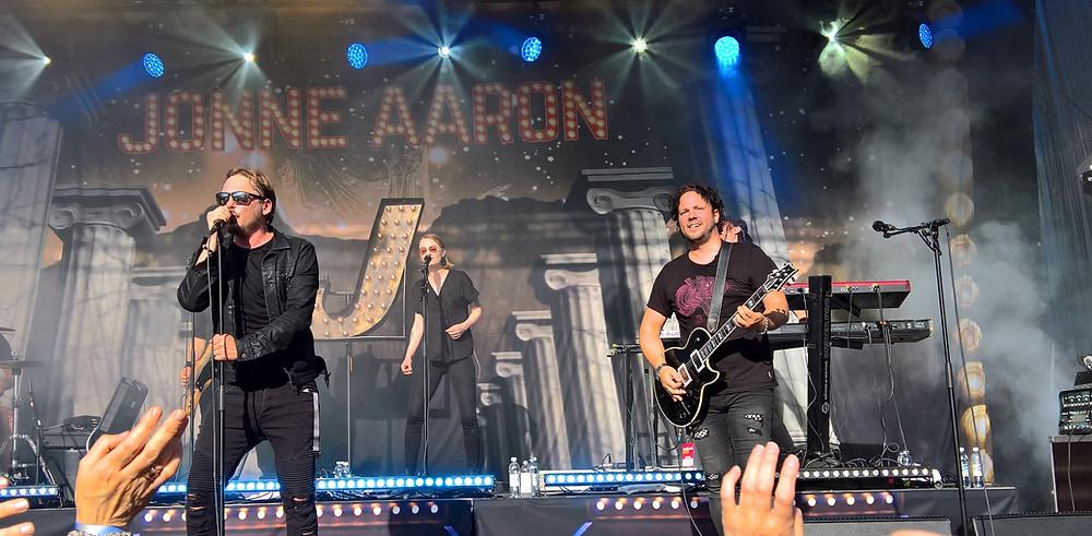 Jonne Aaron and his band at Iskelmä Kesä Tampere