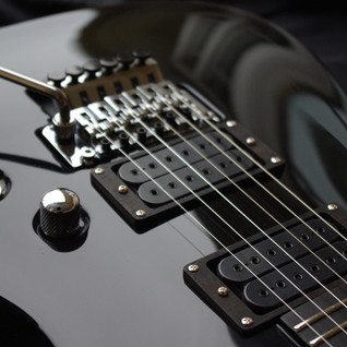 V25-FR ACM black