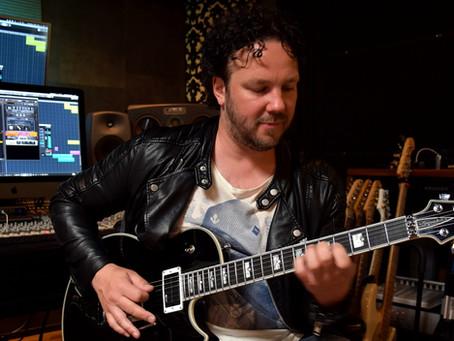Jimmy Westerlund plays first riffs with AROK-FR Shadowman