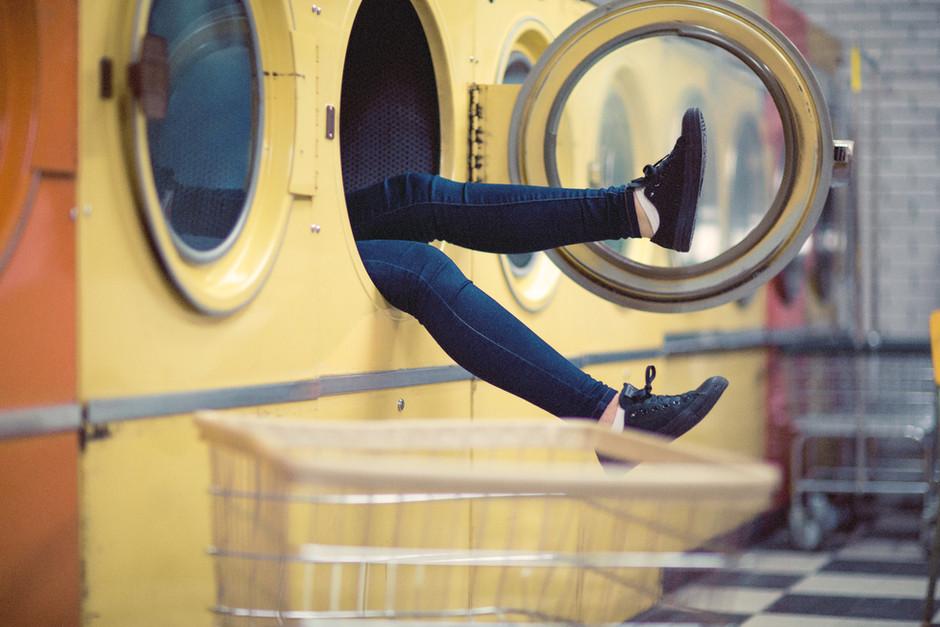 Adventures in Laundry in Paris