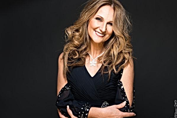 Nayah - Sosie Céline Dion