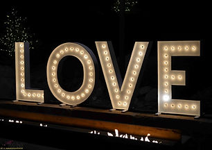 Love-marquee-wedding-letters-night-900x636.jpg