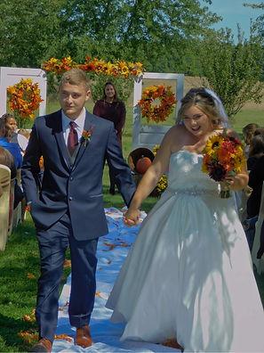 savannahandtylerjustmarried.jpg