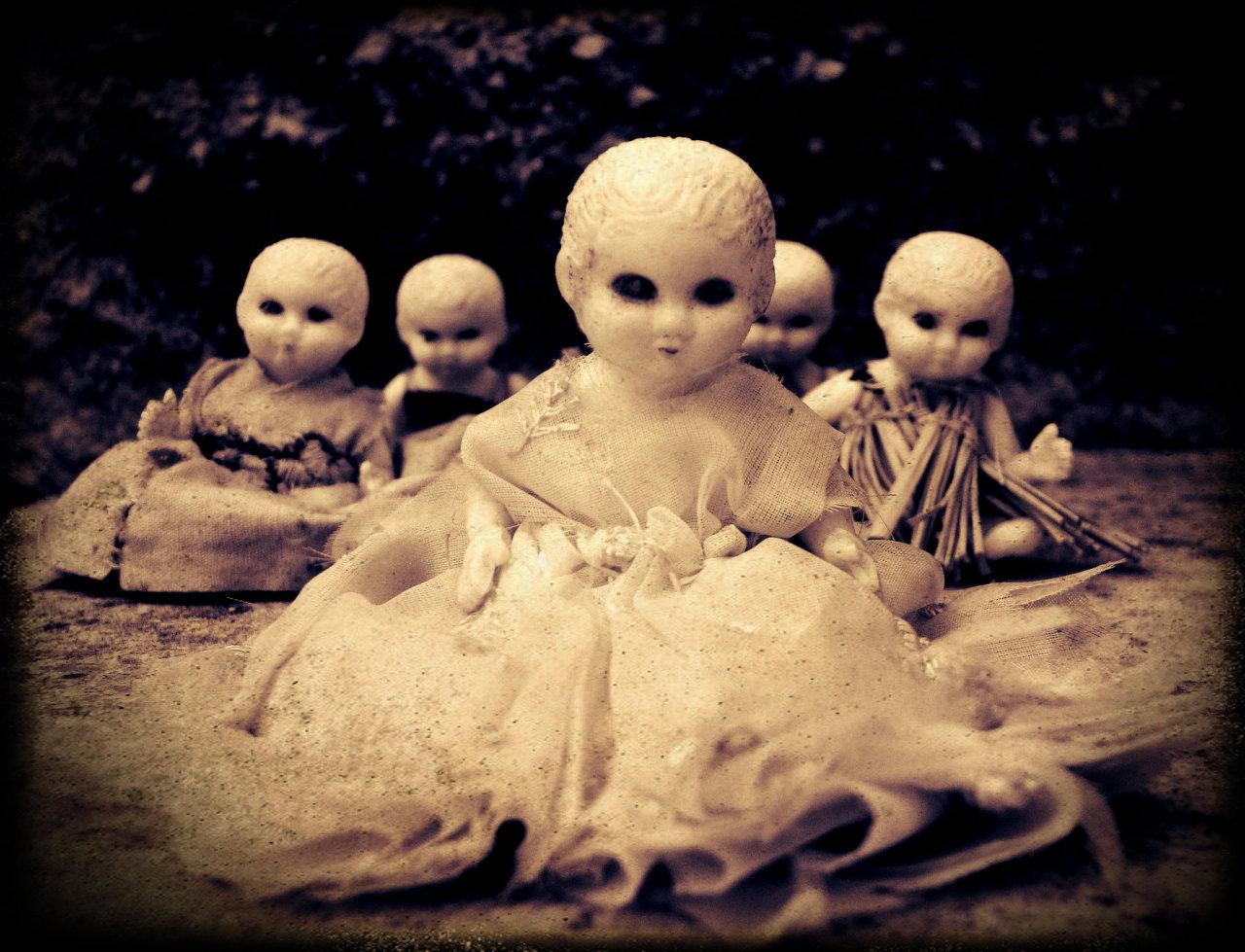 Ghostly Dolls