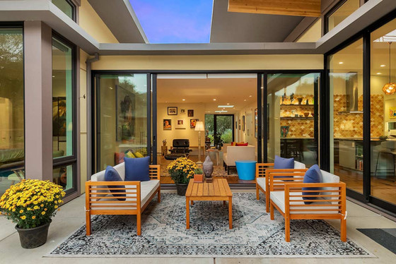 Indoor-Outdoor-Living-MidCentury-Modern