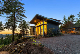Stillwater-Dwellings-Orcas-Cantilivered-