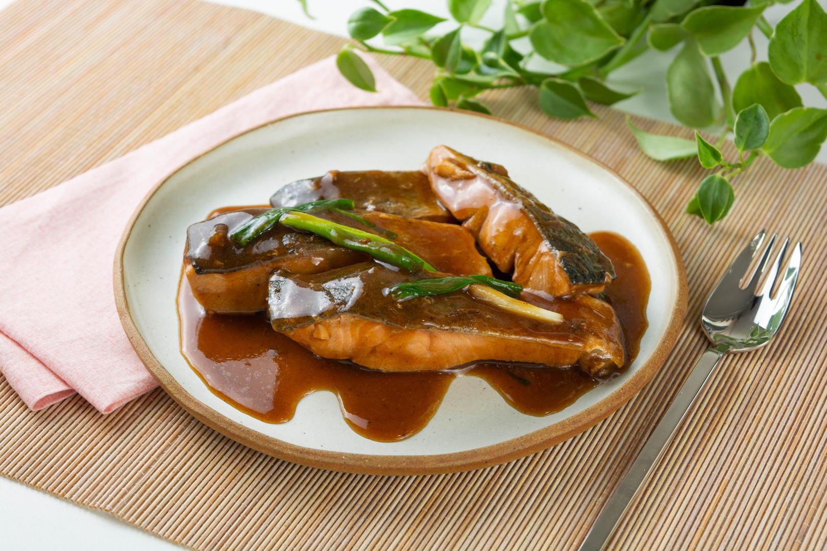 salmão ao shoyu