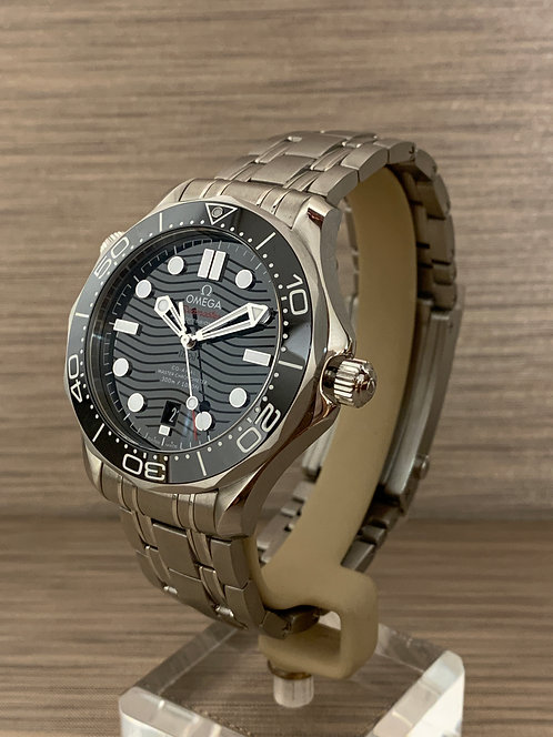 Omega Seamaster Diver 300M Omega Co‑Axial Master Chronometer 210.30.42.20.01.001