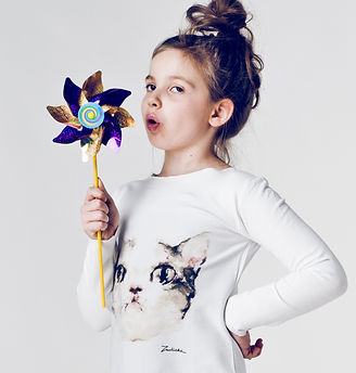 White-tunic-for girls-with hand painted-original-cat's-face-artwork.