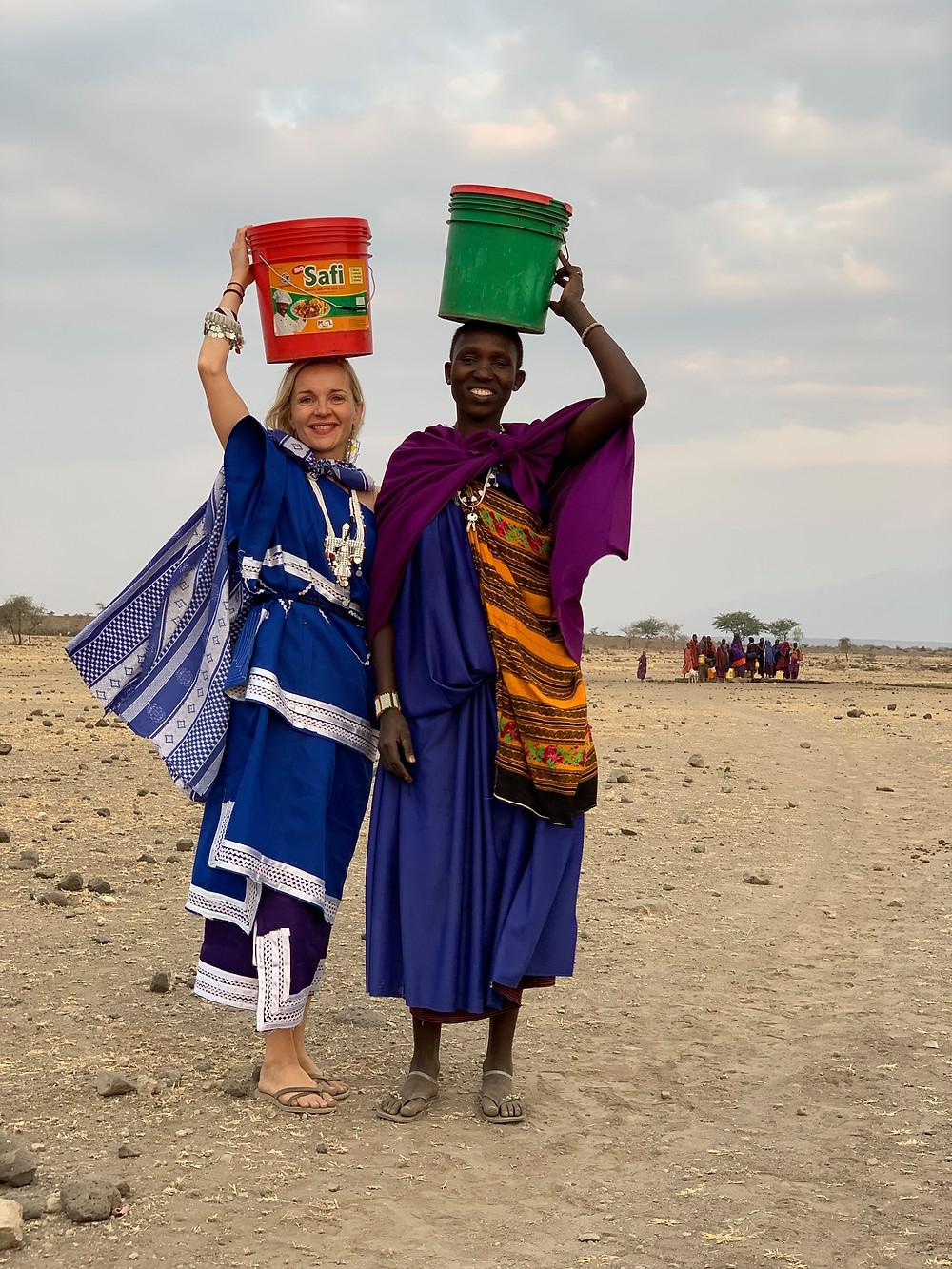 Maasai, Tanzania, fetch water, rural life, Anniina Sandberg