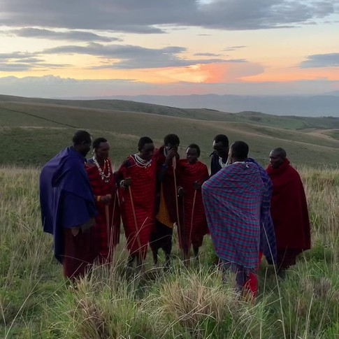 Maasai men singing in the Ngorongoro Conservation Area, Tanzania / Visit Natives / Walking safari with Maasai warriors