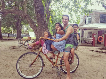 BEACH BAMBIKE WITH FAMILY