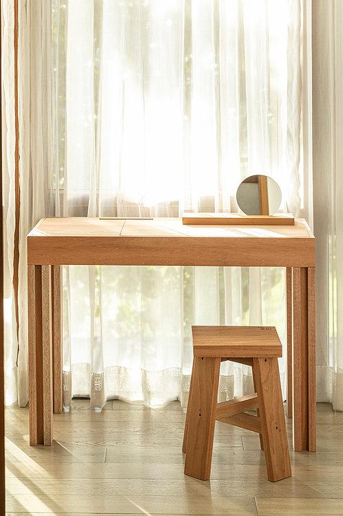 Prompt Desk