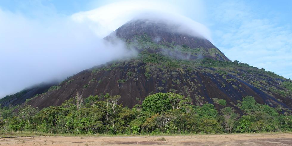 Las Montañas de Los Dioses: Cerros de Mavecure
