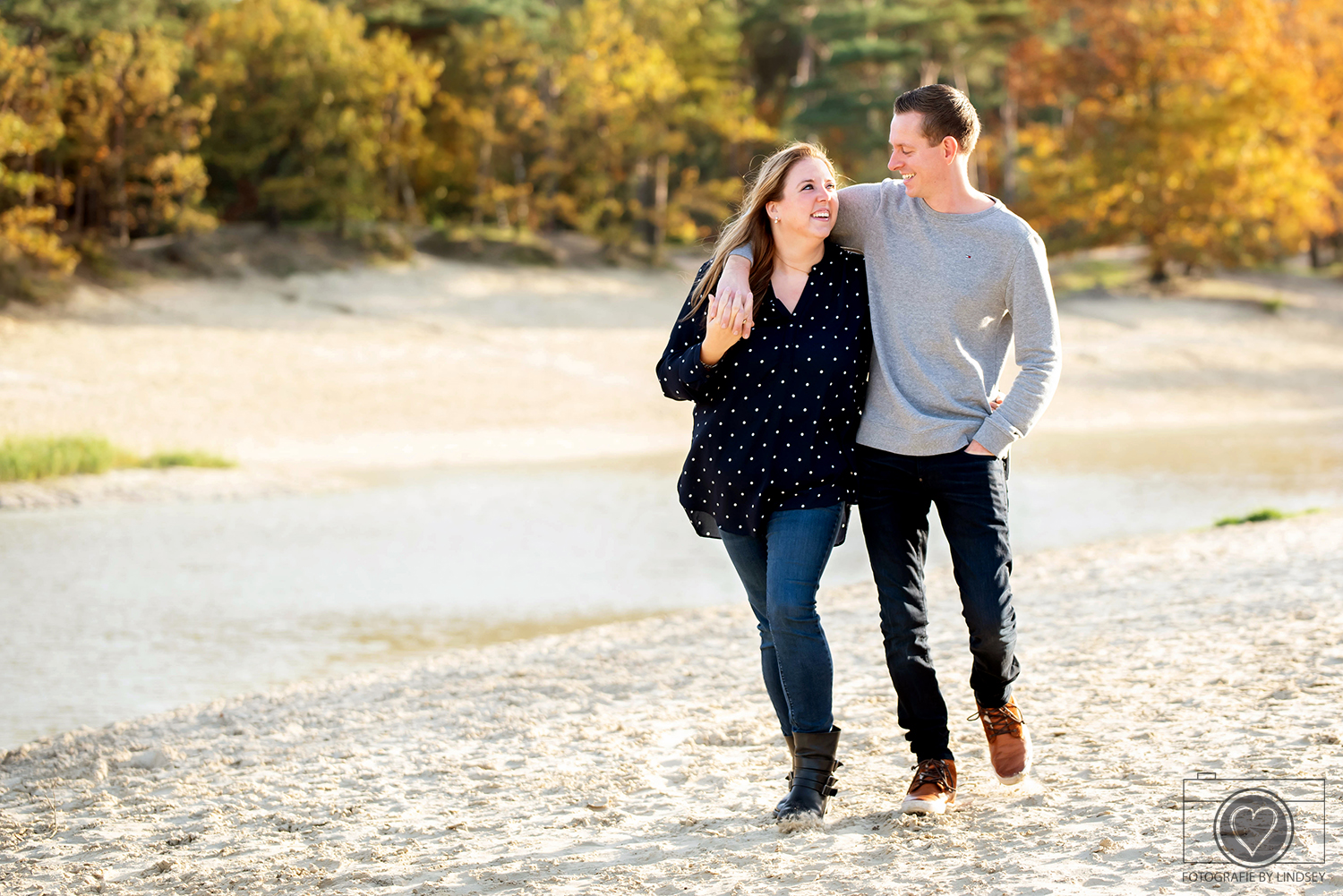 loveshoot by Lindsey