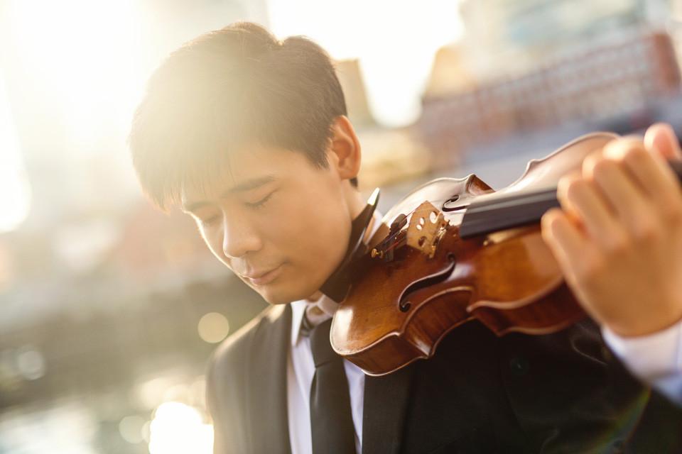 Xiang Angelo Yu, violin