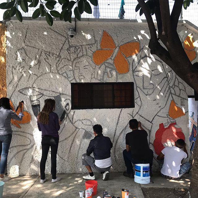 Nadie es Ilegal - Mural Comunitario - CD