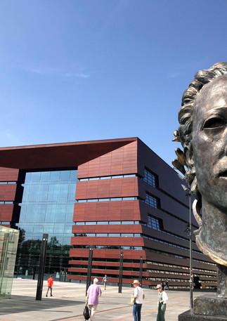 Narodowe Forum Muzyki i głowa Orfeusza