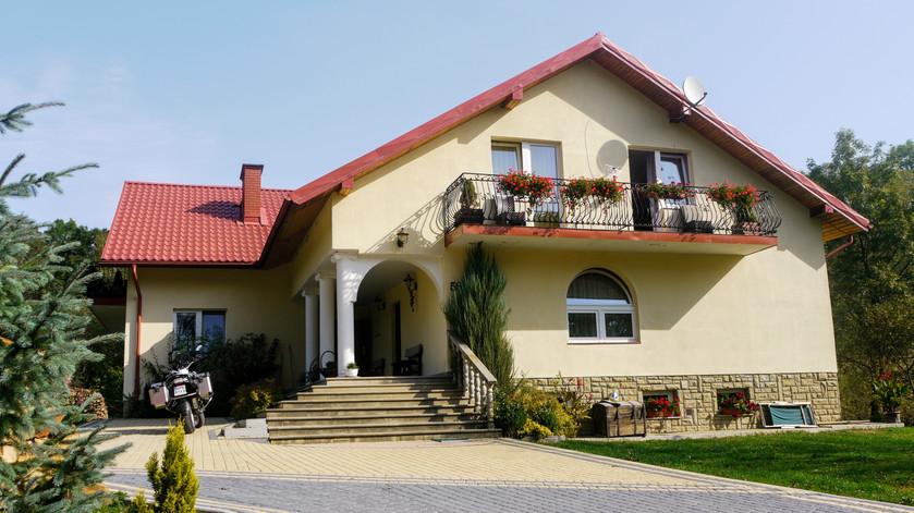 Hotel w Lutowiskach